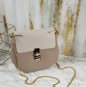 Handbags - Crossbody Handbag Gold Chain Tan Cream Fold Over